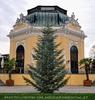 Weihnachtlicher Kaiserpavillon