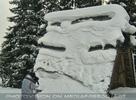 Verschneite Hütte