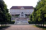 Schlosspark 12