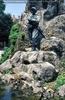 Kriegerdenkmal mit Schildkröten
