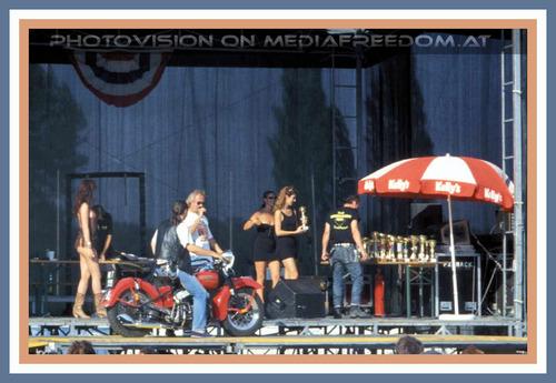 Preisverleihung Harley: Caprice (Daniela Haag),Natascha Tagunoff