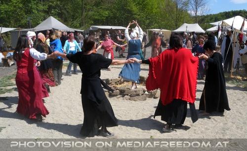 Hexenkunst und Rittergunst 09