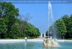 Schlosspark 32