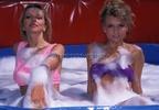 Doris +  Manu - One cheap bath, two precious ladies