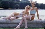 Gitta + Manu - Am Brunnen.....