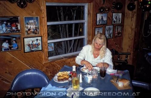 Edgewater Motel 03: Gabriele P.
