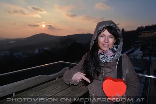Celebrate Valentine 36: Eva Döltl (Eva D.Sign)