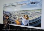 Airport visit 01