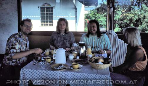Frühstück: Harry Fuchs,Carmen  ,Charly Swoboda,Gabriele P.