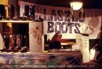 Laszlo Boots Stand