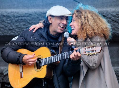 Sandra the Sun 22: Mario Berger,Sandra Pires