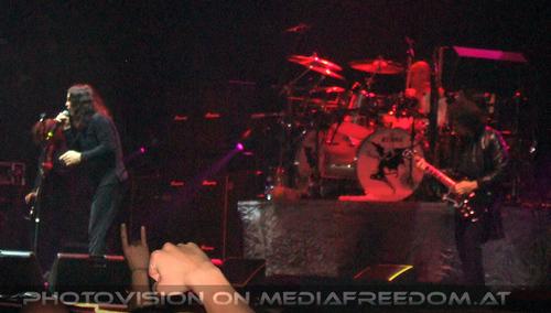 Alive 05: Geezer Butler,Ozzy Osbourne,Bill Ward,Tony Iommi