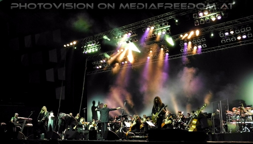 Close enough to rock and roll: Bohemian Symphony Orchestra,Dan McCafferty