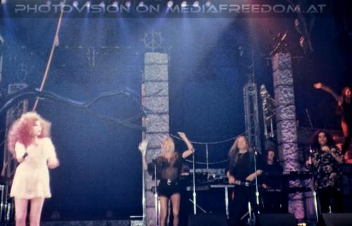 Bang-bang: Cher