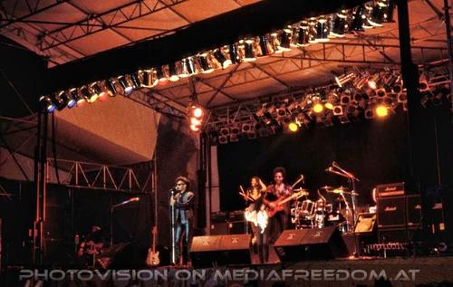 Hard rock lover: Glenn Dock Murdock,Joyce Kennedy,John Hayes