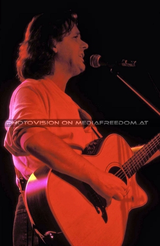 Battle Lines - Tour 03: John Wetton