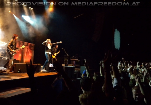 Last Look at Eden - Tour Pix 31: John Leven,Joey Tempest,John Norum
