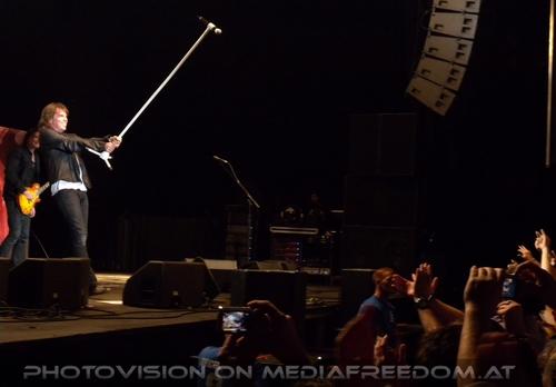 Last Look at Eden - Tour Pix 33: John Norum,Joey Tempest