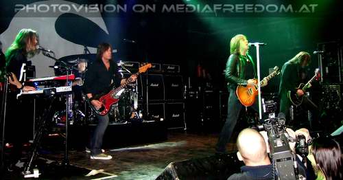 Out of this world: Mic Michaeli,John Leven,Joey Tempest,John Norum