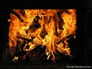Gesicht im Feuer