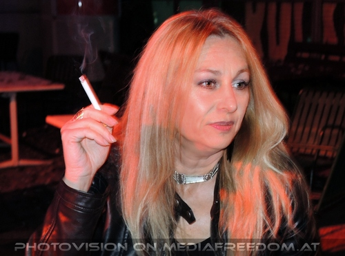 Queensryche 02: Bettina Brix