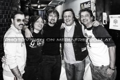 We will rock you 28: Sonny Ensabella as Freddy Mercury,Andrea Ge,Sandro Sanchini,Charly Swoboda,Fabrizio Palermo