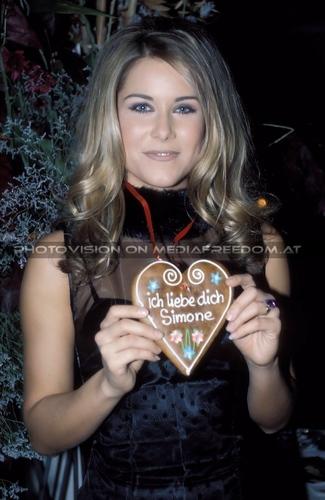 Ich liebe dich 4: Simone Stelzer