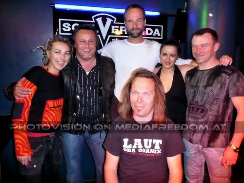 Laut oda goanix 34: Alienne,Charly Swoboda,David Strohmeier,Thomas Gehrke (Tom),Silvi