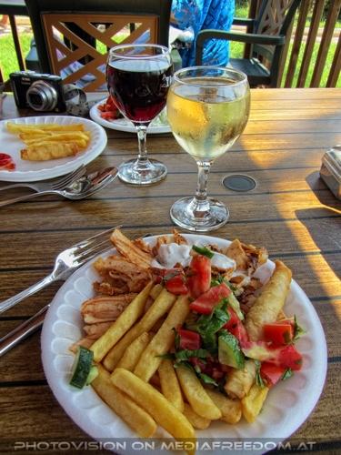 Resort 10 Lunch