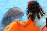 Delfin mit Mädchen